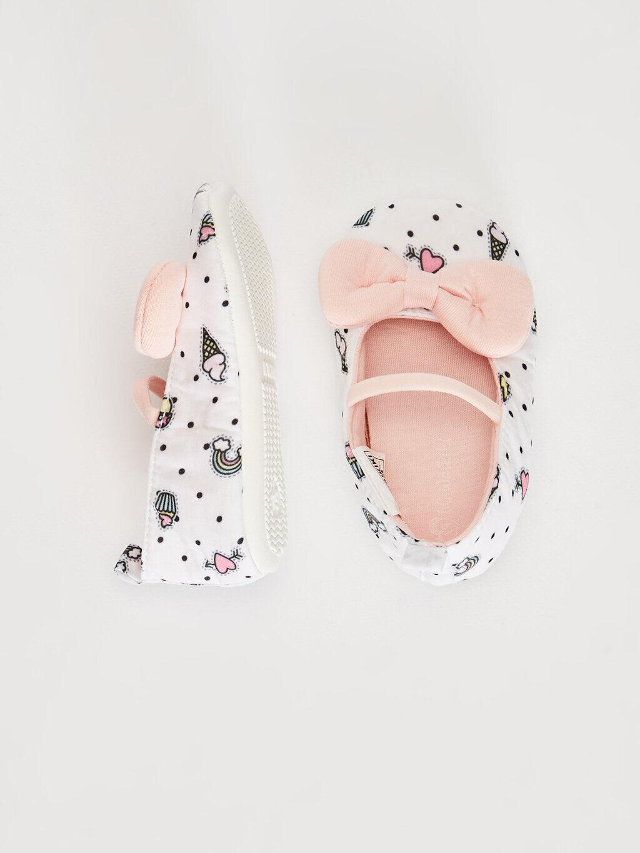 Beyaz Kız Bebek Fiyonk Detaylı Yürüme Öncesi Ayakkabı 0SM392Z1 LC Waikiki