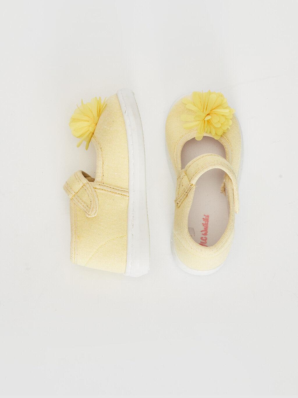 Sarı Kız Bebek Cırt Cırtlı Bez Babet Ayakkabı 0SN074Z1 LC Waikiki