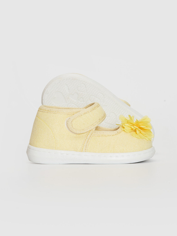 Sarı Kız Bebek Cırt Cırtlı Bez Babet Ayakkabı