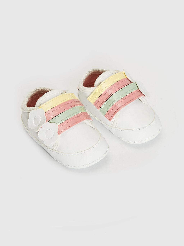 Beyaz Kız Bebek Cırt Cırtlı Yürüme Öncesi Ayakkabı 0SN083Z1 LC Waikiki