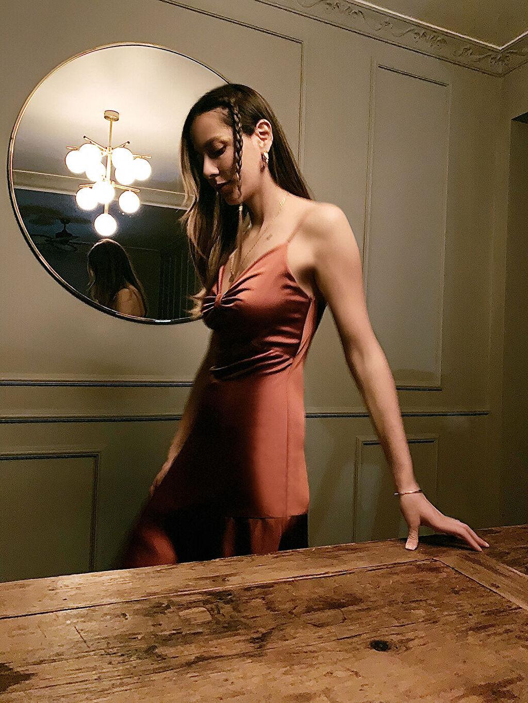 %100 Polyester Appleline Büzgü Detaylı Askılı Elbise