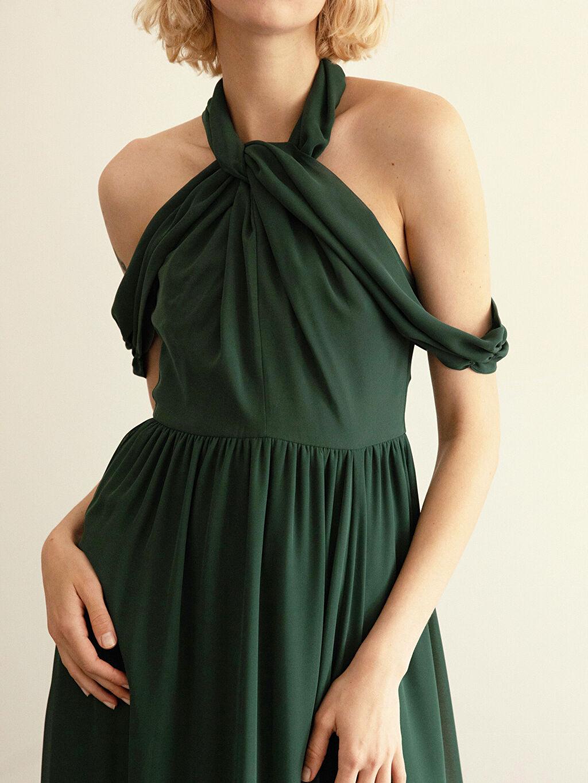 Yeşil Appleline Yakası Tül Detaylı Şifon Abiye Elbise