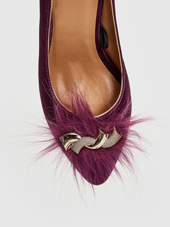 LC Waikiki Bordo Kadın Tüy Tokalı Topuklu Ayakkabı