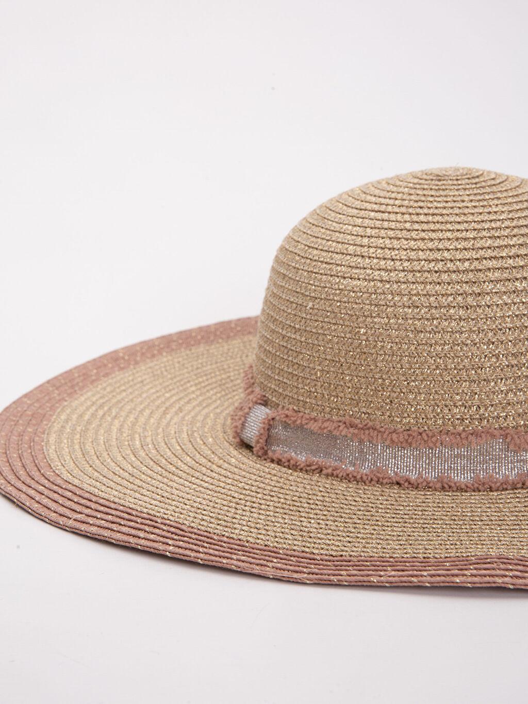 %67 Poliester %14 Metalik iplik %19 Kağıt Şapka Hasır Şapka