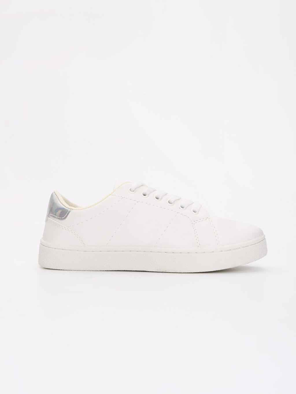 Beyaz Kadın Bağcıklı Spor Ayakkabı 9S5635Z8 LC Waikiki