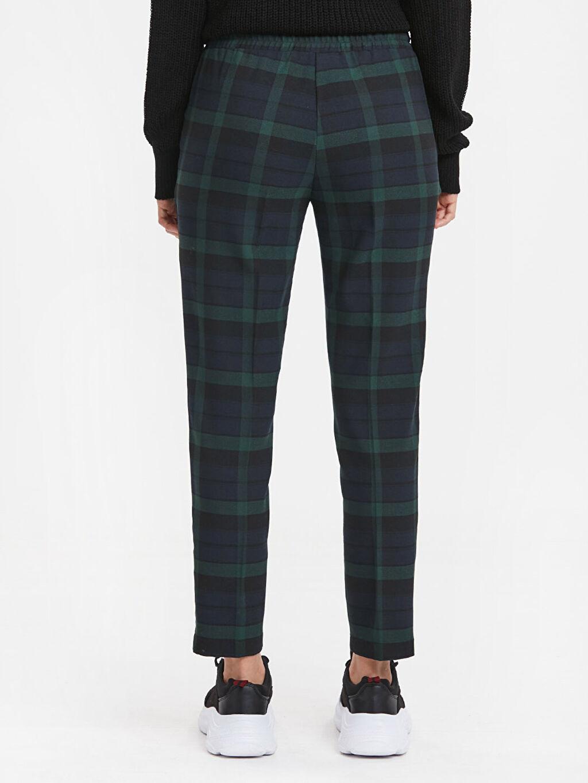 Kadın Bilek Boy Ekose Havuç Pantolon
