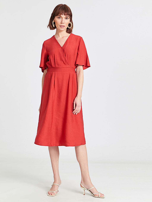 %13 Polyester %87 Viskoz Elbise Ofis/Klasik V Yaka Kısa Kol Düz Midi Bol Kruvaze Yaka Kloş Elbise