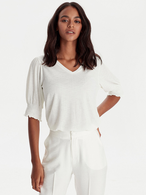 %80 Polyester %20 Elastan Standart V yaka Kısa Kol Tişört Balon Kol Esnek Tişört