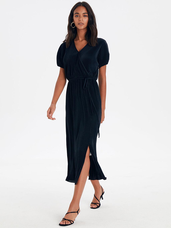 Siyah Kruvaze Yaka Kuşaklı Elbise 9SU115Z8 LC Waikiki