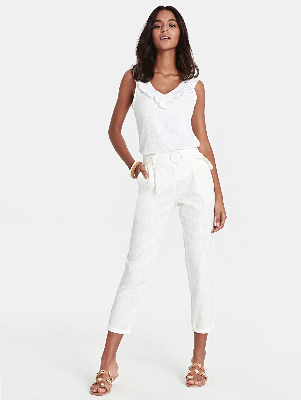 Beyaz Kuşaklı Bilek Boy Havuç Pantolon 9SU871Z8 LC Waikiki