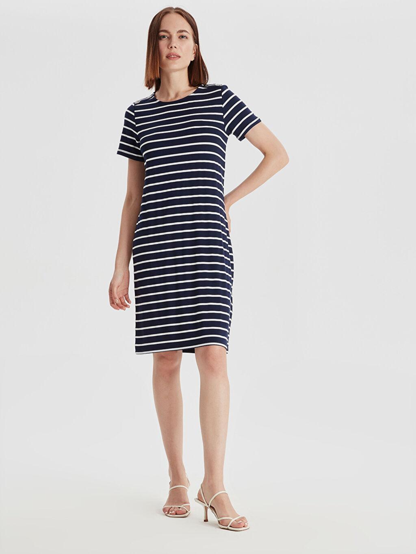 %23 Polyester %72 Viskoz %5 Elastan Shift Kısa Kol Çizgili Kısa Standart Astarsız Elbise İki İplik Çizgili Esnek Elbise