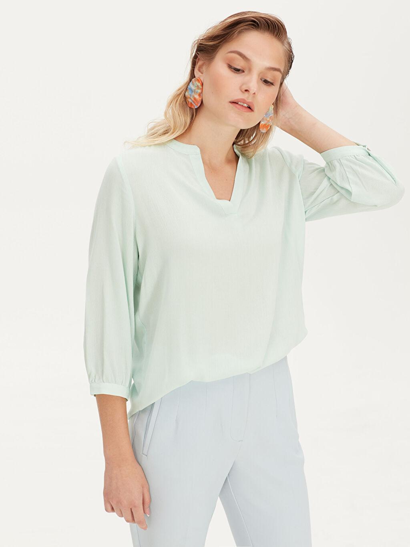Yeşil Düz Viskon Bluz 9SY365Z8 LC Waikiki