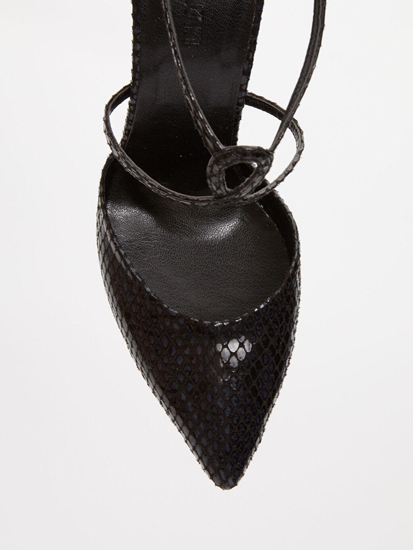 Siyah Kadın Çapraz Bantlı Stiletto Ayakkabı