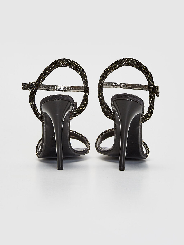 Kadın Sivri Topuklu Ayakkabı