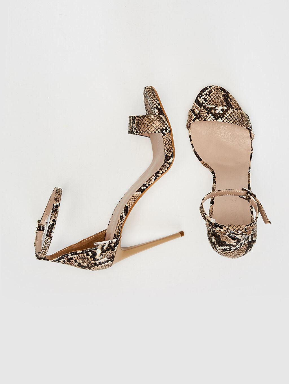 Diğer malzeme (poliüretan) Diğer malzeme (poliüretan)  Kadın Yılan Derisi Görünümlü Stiletto Ayakkabı
