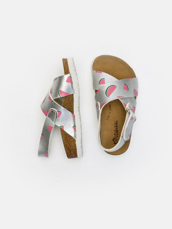 Gri Kız Çocuk Baskılı Parlak Sandalet 9SH782Z4 LC Waikiki