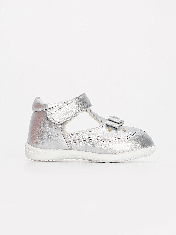 Gri Kız Bebek İlk Adım Cırt Cırtlı Ayakkabı 9SA667Z1 LC Waikiki