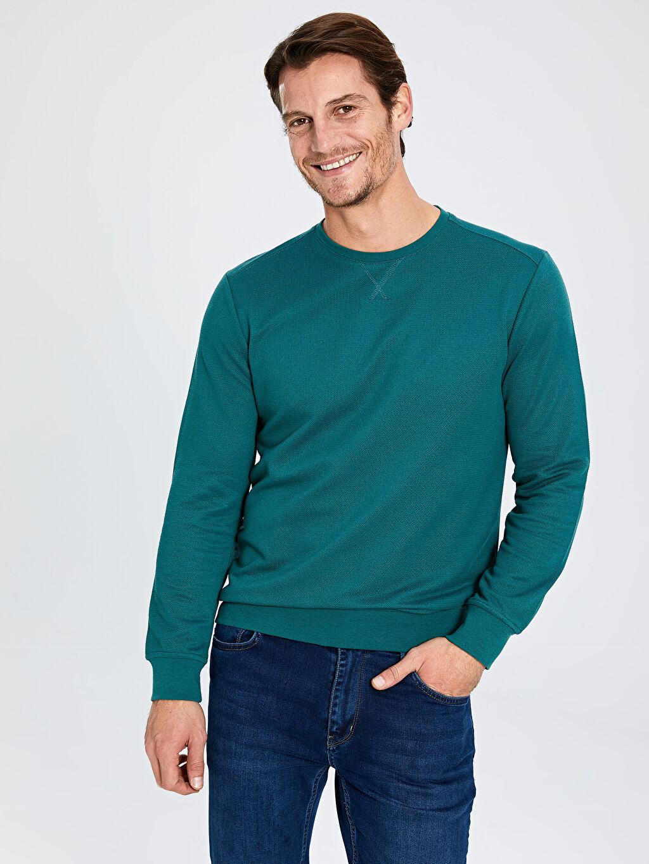 Yeşil Rahat Kalıp Bisiklet Yaka Basic Sweatshirt 9W3305Z8 LC Waikiki