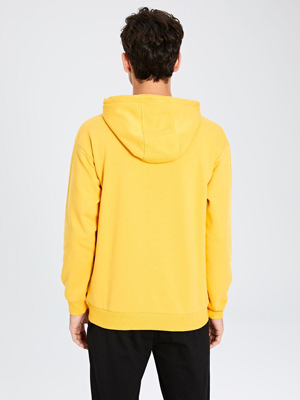 %68 Pamuk %32 Polyester Rahat Kalıp Kapüşonlu Baskılı Sweatshirt