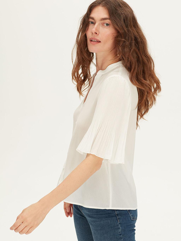 %100 Polyester  Düğmeli V Yaka Bluz