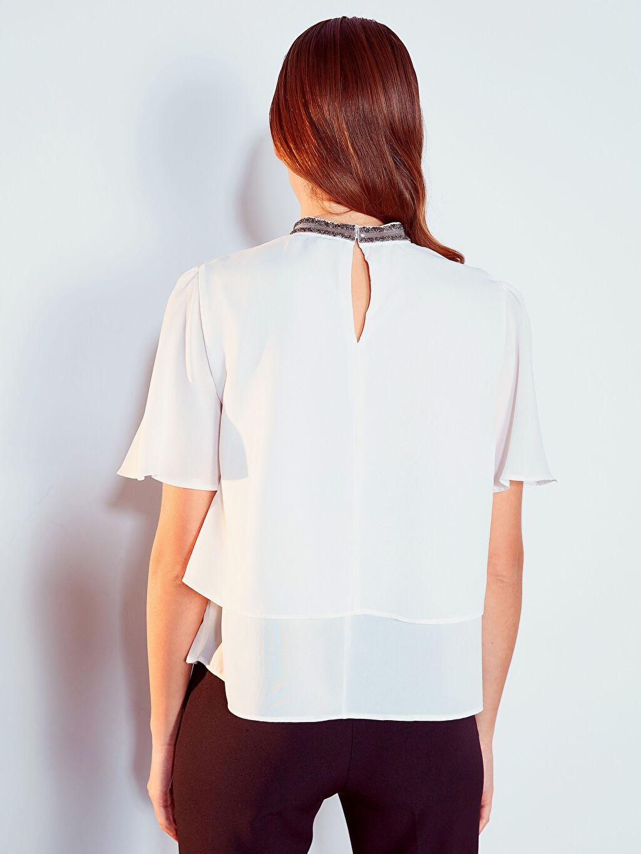 %100 Polyester Yaka Detaylı Fırfırlı Krep Bluz