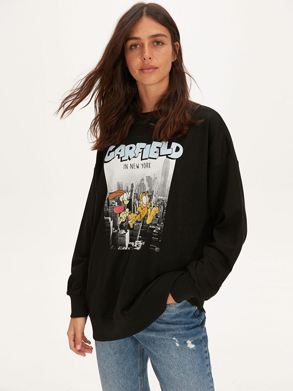 Siyah Garfield Baskılı Salaş Sweatshirt 9WM180Z8 LC Waikiki