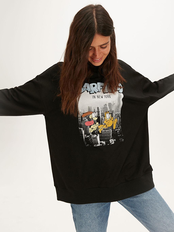 Kadın Garfield Baskılı Salaş Sweatshirt