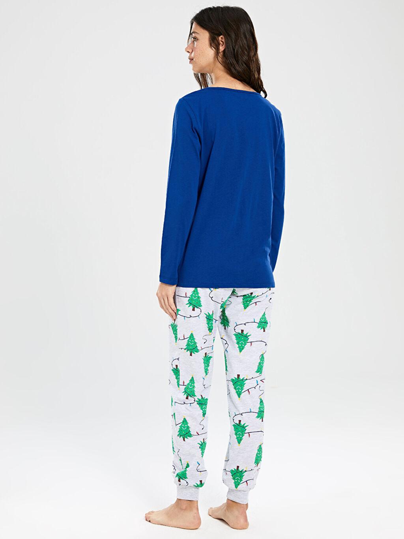 Kadın Yılbaşı Temalı Pamuklu Pijama Takımı