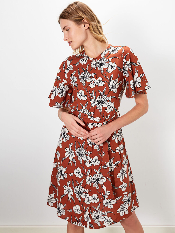 %100 Viskoz Baskılı Astarsız Kısa Kol Midi Gömlek Elbise Elbise Standart Kuşaklı Çiçek Desenli Viskon Elbise