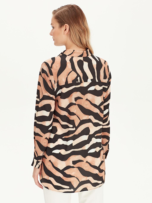 Kadın Leopar Desenli Esnek Gömlek