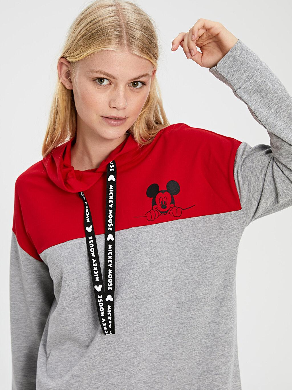 %30 Pamuk %70 Polyester Mickey Mouse Baskılı Kapüşonlu Elbise