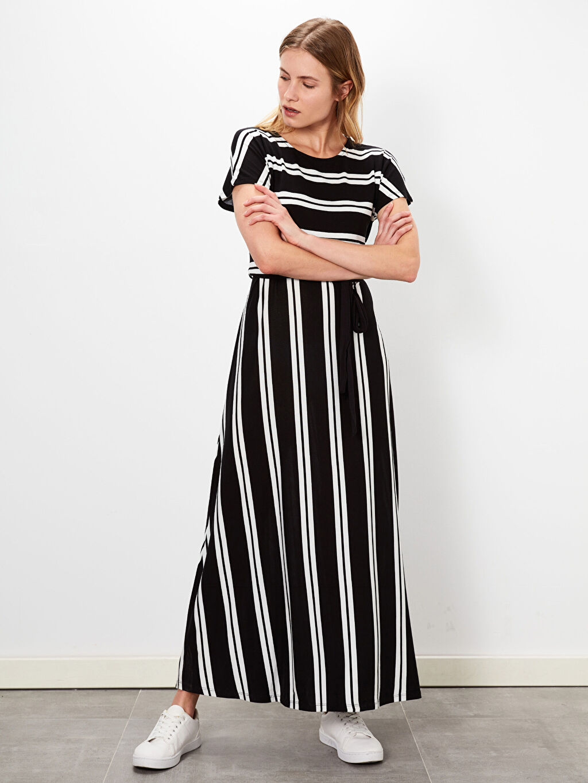 %95 Viskon %5 Elastan A Kesim Midi Çizgili Süprem Standart Astarsız Kısa Kol Elbise Çizgili Uzun Viskon Elbise