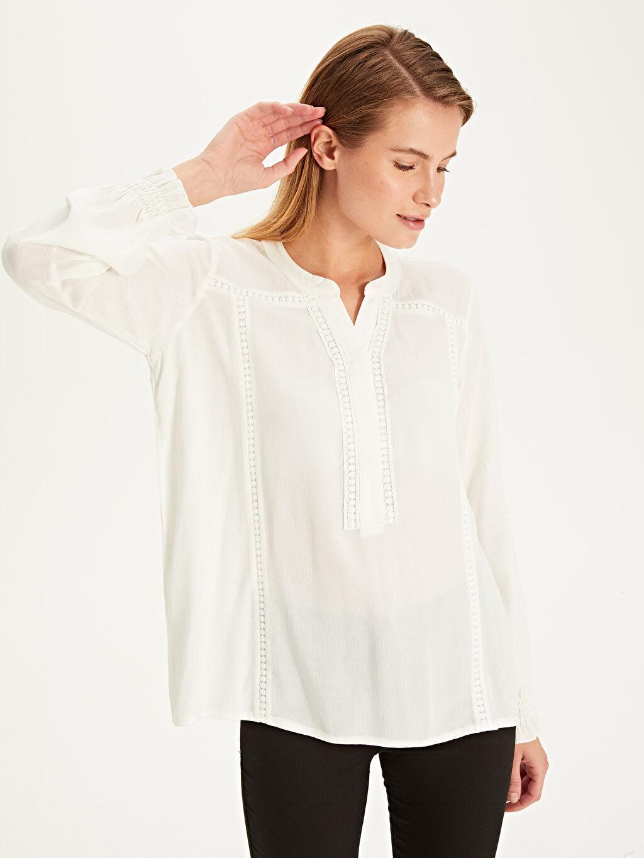Kadın Fisto Detaylı Viskon Bluz