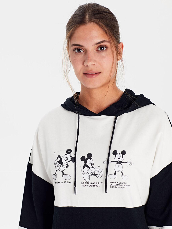 Kadın Mickey Mouse Kapüşonlu Pamuklu Sweatshirt