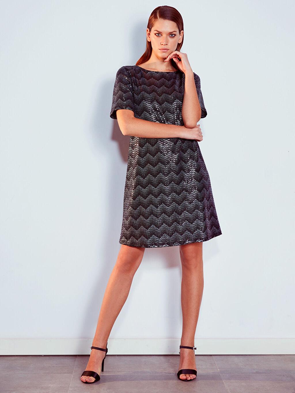 Siyah Desenli Işıltılı Elbise 9WO517Z8 LC Waikiki