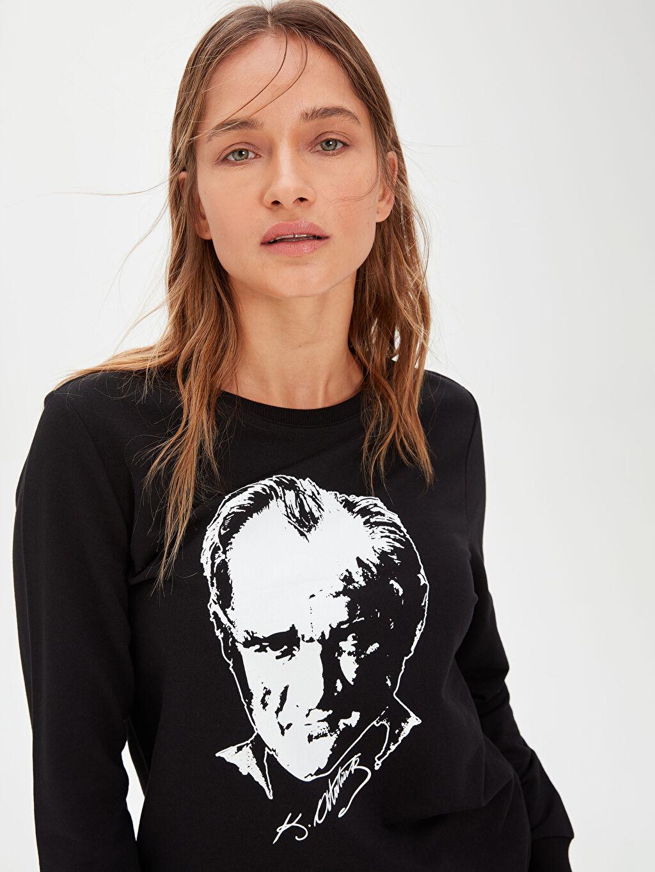 Kadın Atatürk Portresi Baskılı Pamuklu Sweatshirt