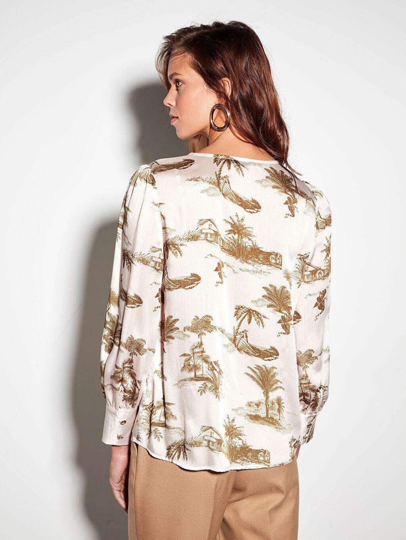 %100 Polyester Desenli Düğmeli Bluz