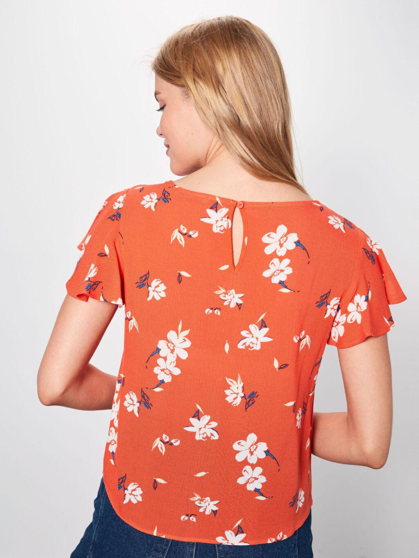 Kadın Beli Bağlama Detaylı Çiçek Desenli Viskon Bluz