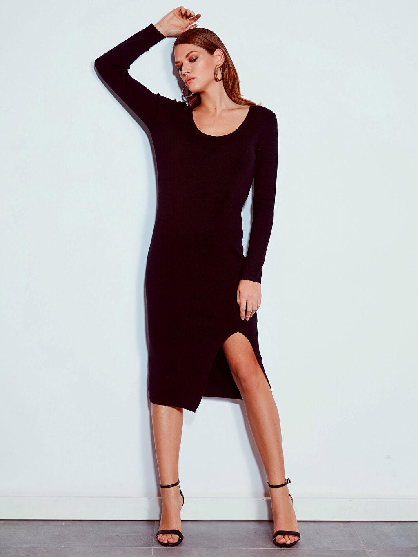 %48 Akrilik %52 Pamuk Elbise Kayık Yaka Ofis/Klasik Uzun Dar Vücuda Oturan Uzun Kol Düz Yırtmaç Detaylı Elbise