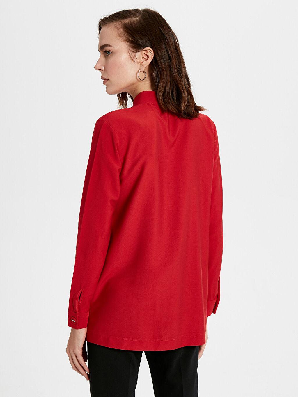Kadın Yaka Detaylı Düz Krep Bluz