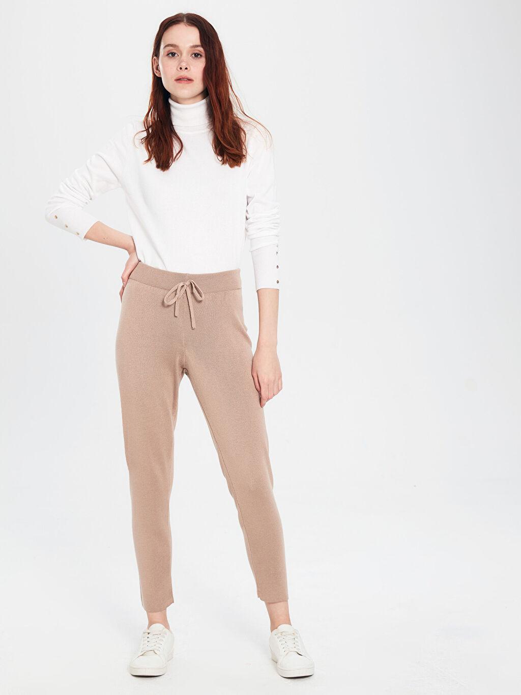 %49 Akrilik %51 Viskoz Dar Paça Standart Triko Normal Bel Uzun Pantolon Bağlama Detaylı Triko Pantolon