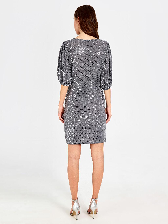 %94 Poliamid %3 Metalik iplik %3 Elastan Işıltılı Balon Kol Elbise