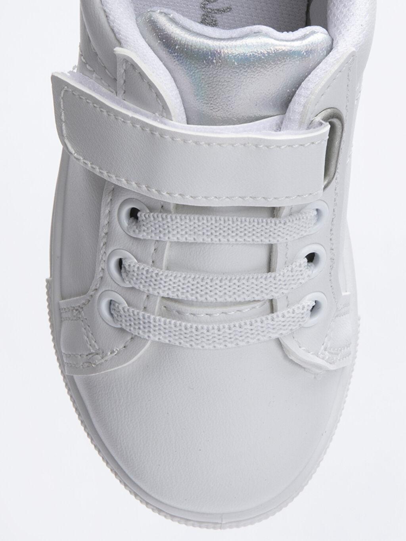 LC Waikiki Beyaz Kız Çocuk Günlük Spor Ayakkabı