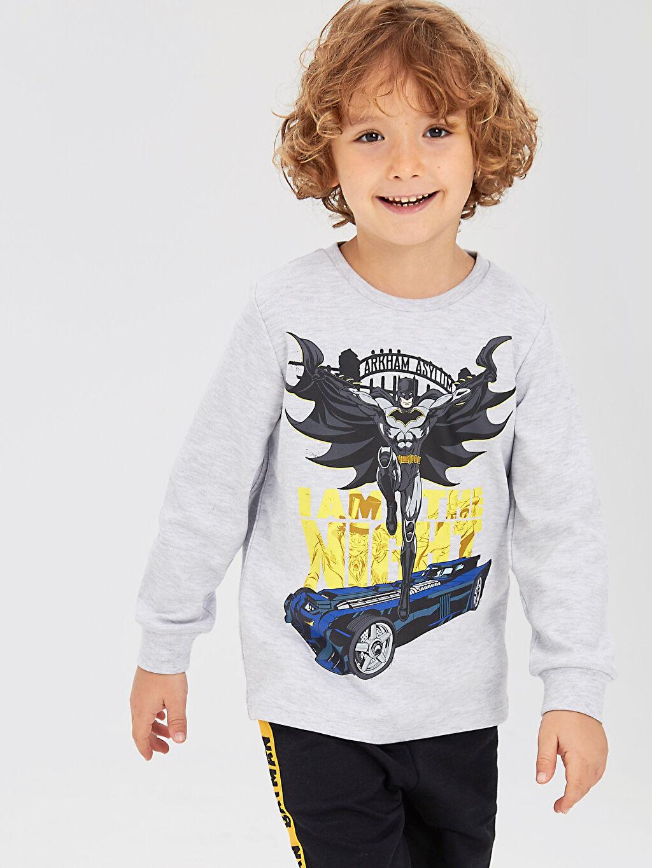 Gri Erkek Çocuk Batman Baskılı Uzun Kollu Tişört 9W8067Z4 LC Waikiki