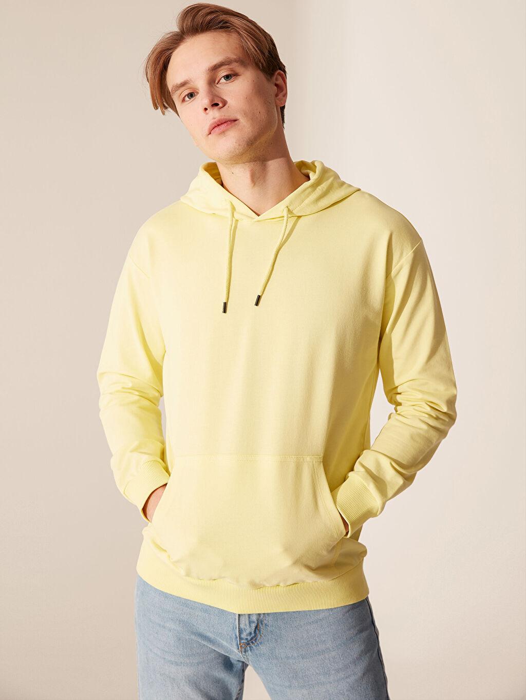 Sarı Kapüşonlu Basic Kalın Sweatshirt 0S1315Z8 LC Waikiki