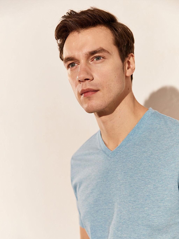 Erkek V Yaka Basic Tişört