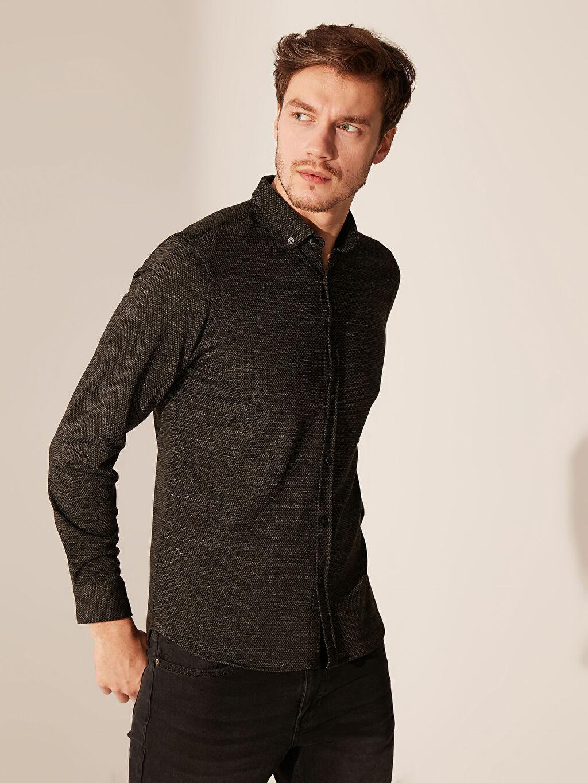 %71 Polyester %25 Viskoz %4 Elastan Dar Düz Uzun Kol Gömlek Düğmeli Slim Fit Dokulu Gömlek