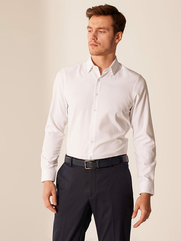 Beyaz Slim Fit Armürlü Gömlek 0SR302Z8 LC Waikiki