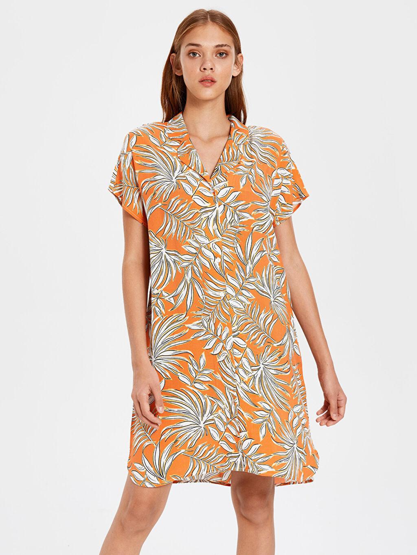Turuncu Desenli Viskon Gömlek Elbise 0S4010Z8 LC Waikiki