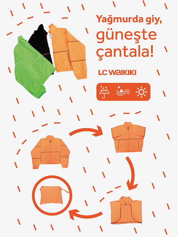 %100 Poliamid Çanta Olabilen Dik Yaka Yağmurluk